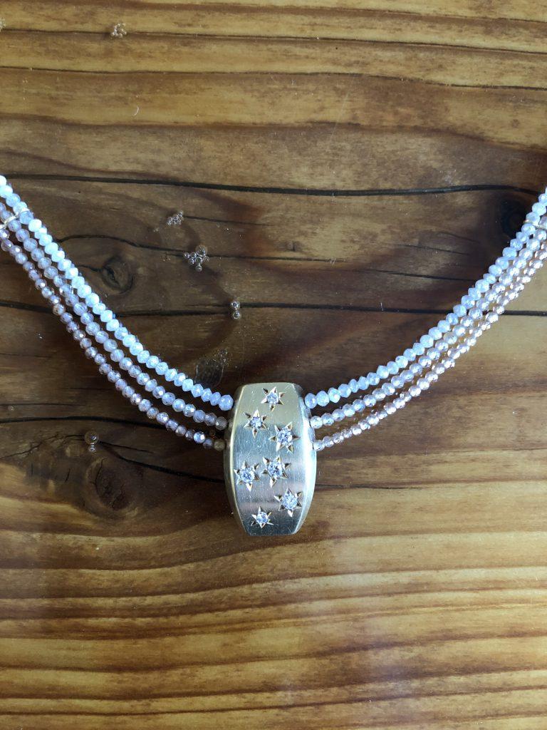 Collier mit Diamanten und Zirkon