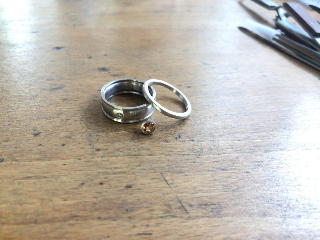Die Mitte des Ringes und der Safir