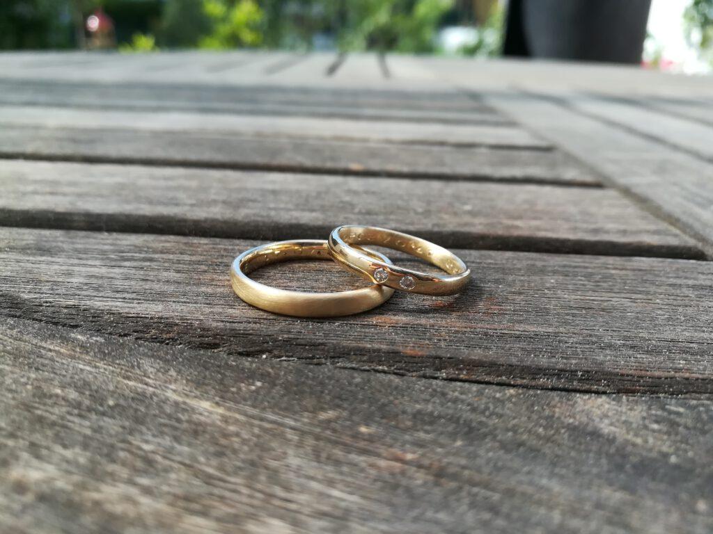 Die fertigen legierten Ringe