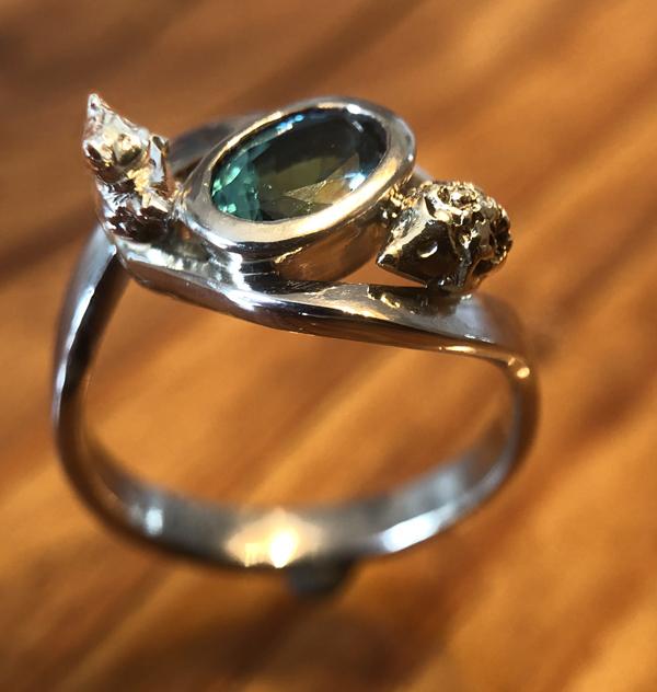 Der Ring mit Bärchen und Igel