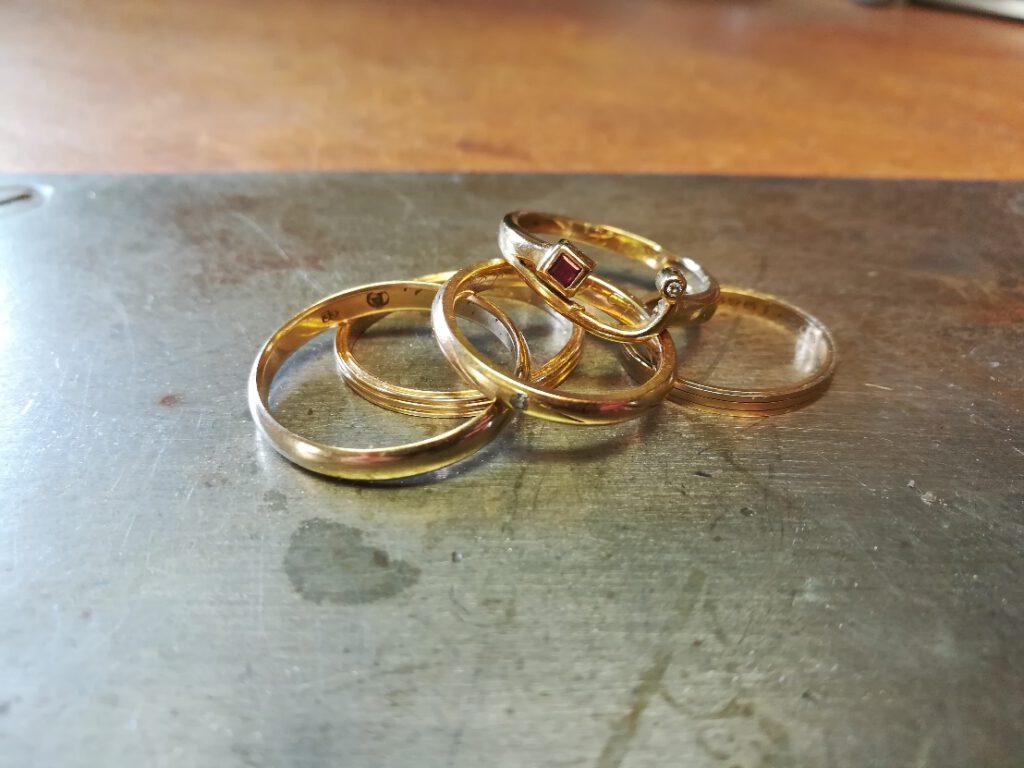 mitgebrachte Ringe